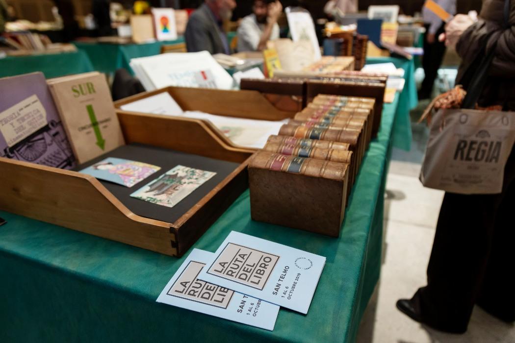 Pasado, Presente y Futuro del Libro